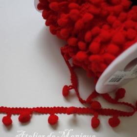 Cinta con pompones roja